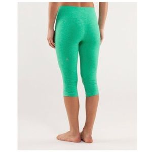 lululemon - in the flow cropped leggings